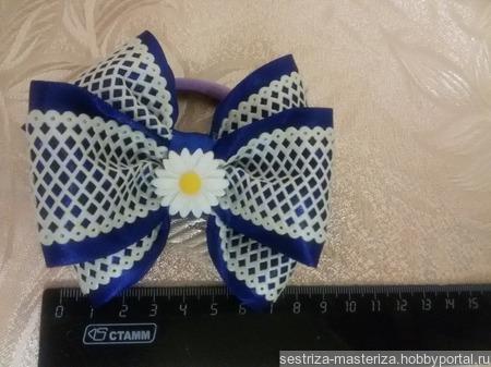 Комплект синих бантиков с ромашками. Резинки для волос. ручной работы на заказ