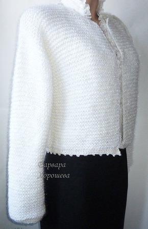 Белый вязаный кардиган ручной работы на заказ