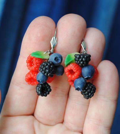 """Серьги """"ягодки"""", полимерная глина ручной работы на заказ"""
