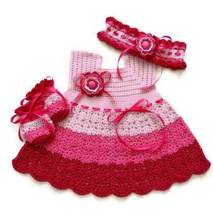 Комплект: Платье, повязка и царапки для новорожденной ручной работы на заказ