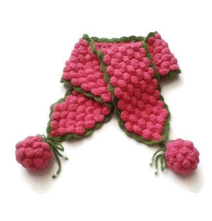 Шапка, шарф и варежки из шерсти. Комплект Малинка ручной работы на заказ