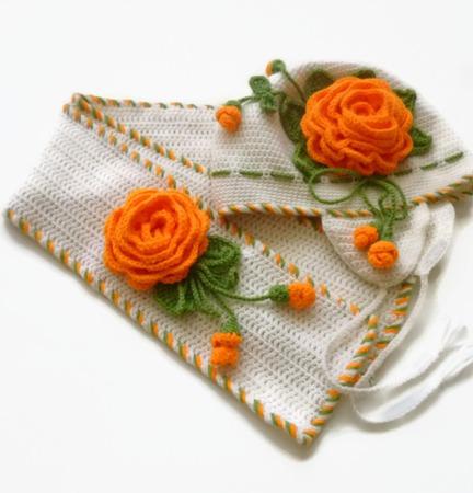 Шапка и шарф из шерсти для девочки. Комплект Оранжевые розы ручной работы на заказ