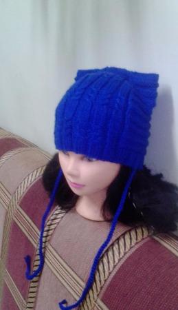Вязаная женская шапка ручной работы на заказ