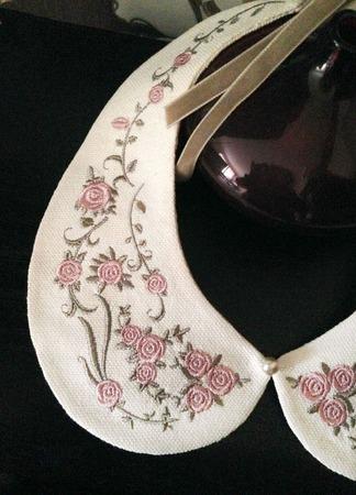 Воротник Колье съемный с вышивкой Цветы ручной работы на заказ