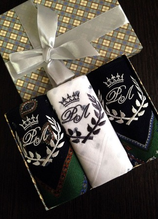 """Носовые платочки трио """"Корона"""" ручной работы на заказ"""