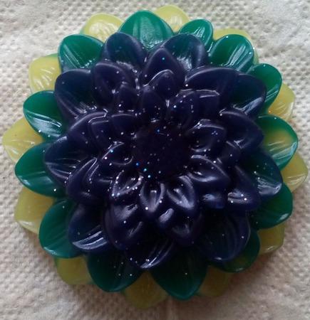 Мыло в форме цветов ручной работы на заказ