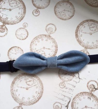 Голубая бабочка из велюра ручной работы на заказ