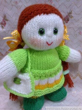 Вязаная куколка в зеленом ручной работы на заказ