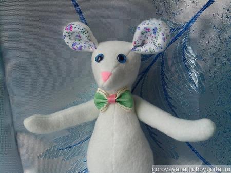 Белый мышонок ручной работы на заказ