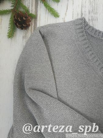 Мужской пуловер с V-образным вырезом ручной работы на заказ