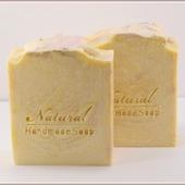 Ласковый шелк. Натуральное мыло с шелком (12%)
