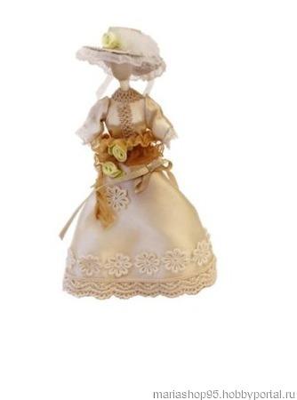 Миниатюра 'Бежевое платье с шляпкой на манекене' ручной работы на заказ