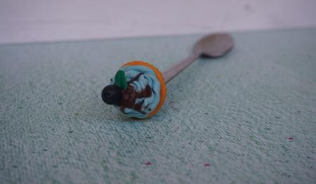 Ложка с декором из полимерной глины ручной работы на заказ