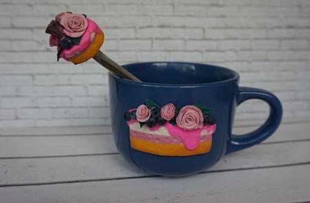 Кружка с декором из полимерной глины ручной работы на заказ