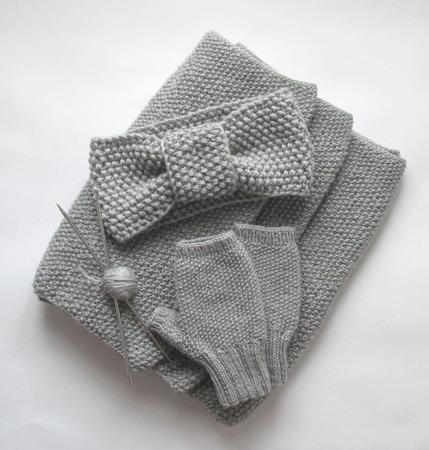 Комплект вязаный, снуд, митенки, две повязки на голову ручной работы на заказ