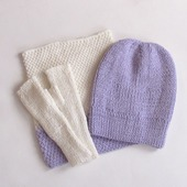 Вязаный комплект шапка-берет,снуд и митенки