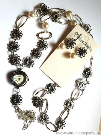Комплект часы на цепочке с серьгами жемчуг сваровски ручной работы на заказ