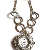 Часы на цепочке жемчуг сваровски