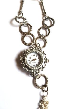 Часы на цепочке жемчуг сваровски ручной работы на заказ