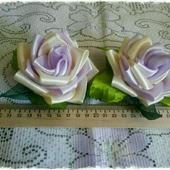 "Заколки-канзаши розы ""Цветок любви"""