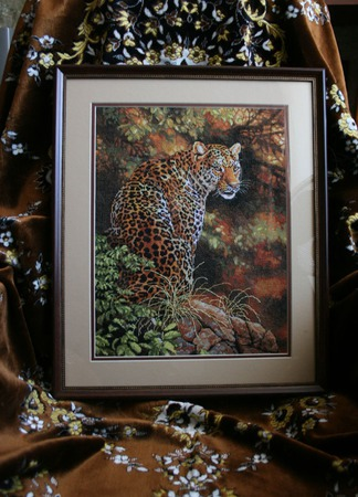 """Вышитая картина """"Взгляд леопарда"""" ручной работы на заказ"""