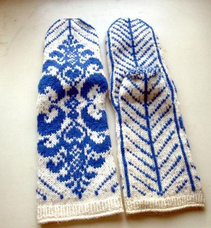 """Носки женские """"Эдельвейс""""  белые с синим шерстяные вязаные ручной работы на заказ"""