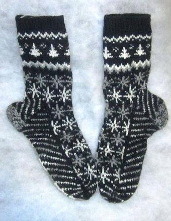 Подарок мужчине носки Ночь перед рождеством  подарок для мужчины ручной работы на заказ