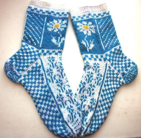 """Носки женские """"Небесные ромашки"""" ручной работы на заказ"""