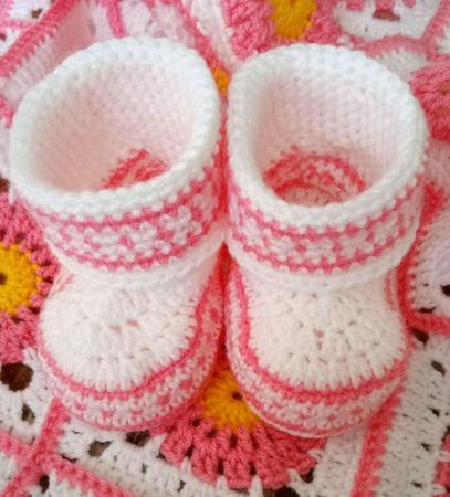 Комплект для новорождённого ребёнка ручной работы на заказ