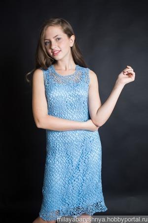 Платье ажурное Голубее голубого ручной работы на заказ