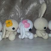 фото: Куклы и игрушки (вязаные зайчики)