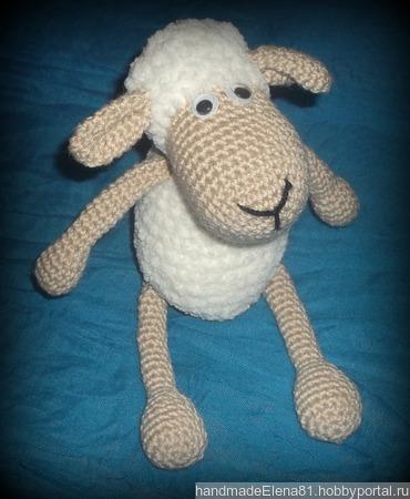 Вязаная овечка Долли ручной работы на заказ