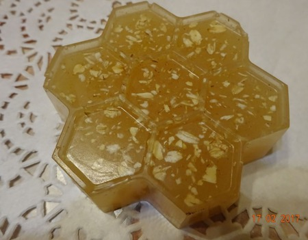 Медовое мыло с овсянкой и имбирем ручной работы на заказ