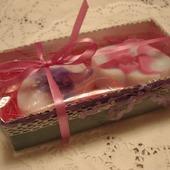 Набор мыла ручной работы в подарочной упаковке Орхидеи