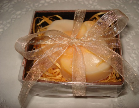 Мыло ручной работы Орхидея в подарочной коробочке ручной работы на заказ