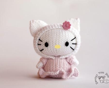 "Мастер-класс ""Маленькая куколка Hello Kitty из серии Tanoshi' ручной работы на заказ"