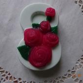Подарочное мыло ручной работы 8 Марта  с розами