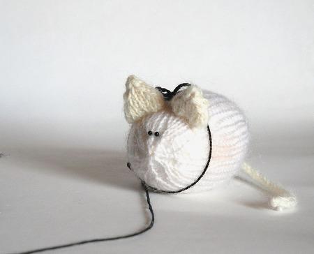 """Мастер-класс """"Фиолетовый кот с белой мышкой"""" ручной работы на заказ"""