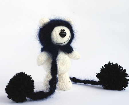 Мастер-класс  'Белый Мишутка в черной шапке'. ручной работы на заказ