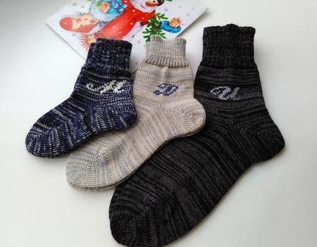 Вязаные носки ручной работы на заказ
