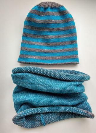 Комплект из шапки и снуда для мальчика ручной работы на заказ