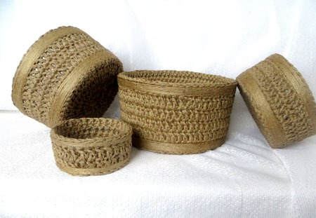 Набор плетеных корзин для подарков: Набор круглых корзин - 4 штуки. ручной работы на заказ