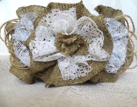 """Корзина плетеная """"Воздушная"""" - джут, мешковина, кружево ручной работы на заказ"""