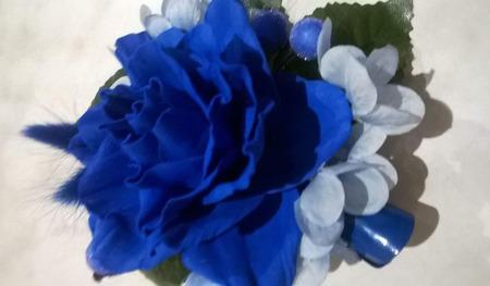 Заколка синяя роза ручной работы на заказ
