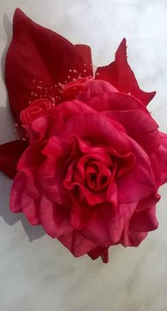 """Заколка """"Красная роза"""" ручной работы на заказ"""