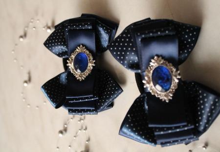 Темно-синие бантики в мелкий горошек ручной работы на заказ
