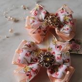 Персиковые бантики тюльпаны