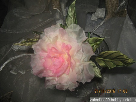 Роза ручной работы на заказ
