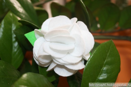Брошь цветок ручной работы на заказ