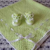 Плед и пинеточки для новорожденного